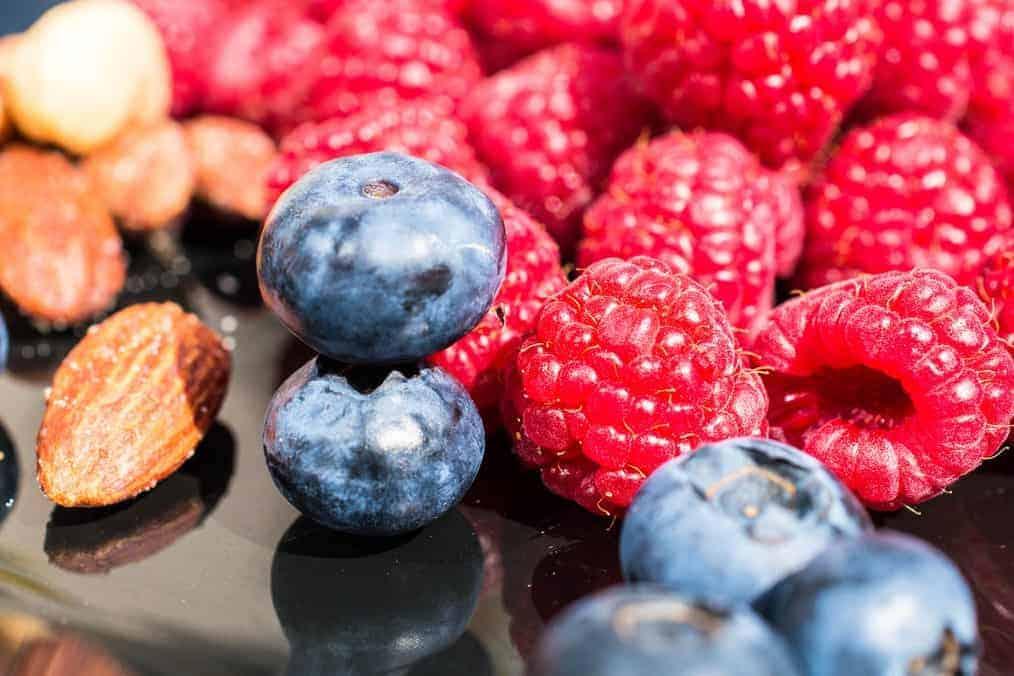 Healthy eating to help anxiety - blueberries, raspberries & almonds